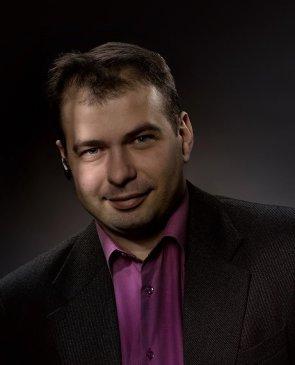 Максим, 40